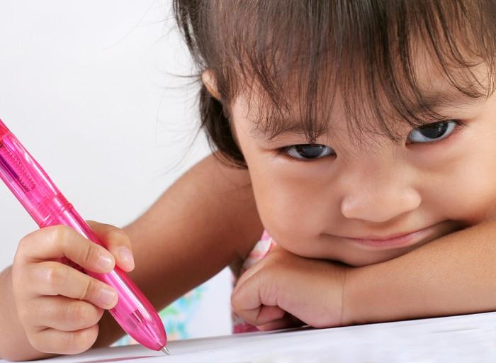 Dạy viết số cho trẻ đúng cách