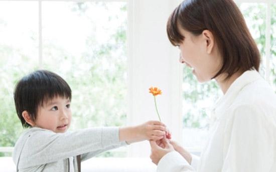 Những giá trị đạo đức cần dạy con từ bé
