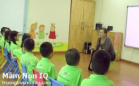 Cho trẻ học tiếng Anh sớm, nhưng phải đúng phương pháp